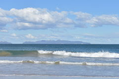 Cressy Beach. Over looking Schouten island on the freycinet peninsular Royalty Free Stock Photos