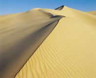Crest of sand dune Royalty Free Stock Photos