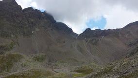Cresta de montaña fotos de archivo