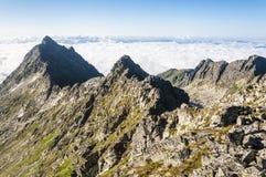 Cresta della montagna e mare delle nuvole del ‹del †del ‹del †Fotografia Stock Libera da Diritti
