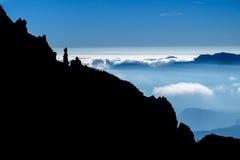 Cresta rocciosa con la siluetta della guglia Immagini Stock Libere da Diritti