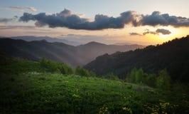 Creste della montagna al tramonto Immagini Stock Libere da Diritti