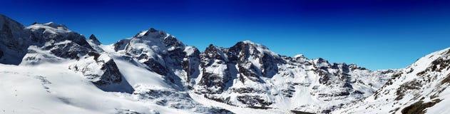 Creste della montagna dello Snowy Fotografia Stock Libera da Diritti
