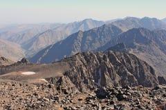 Creste della montagna nel Marocco Trekking su Toubkal Fotografia Stock