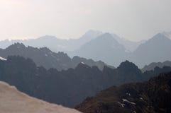 Creste marcate della montagna immagine stock libera da diritti