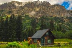Crested кабина Butte Стоковое Изображение