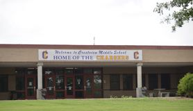 Crestviewlage school, Covington, TN stock foto's