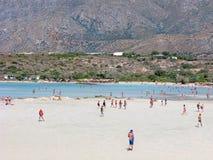 Creta, Grécia, pessoa, praia de Elafonisi, vista panorâmica imagem de stock royalty free