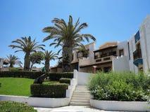 16 06 2015 Crete, Greece Vista luxuosa da vila grega na Creta Fotografia de Stock