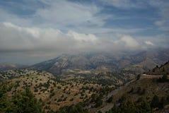 crete Nubes y montañas Lefka Ori Foto de archivo libre de regalías