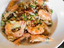 Crevette cuite à la friteuse avec du sel épicé Photos stock