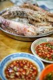 Crevette et piment images stock