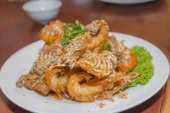 crevette Remuer-frite avec l'ail Images libres de droits