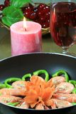 Crevette rose avec la décoration végétale Photo libre de droits