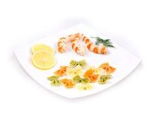 Crevettes et pâtes fraîches Images libres de droits