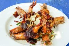 Crevettes grillées avec de la sauce à tamarinier Images stock