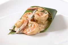 Crevettes marines cuites en sauce Photographie stock