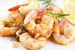 Crevettes roses aimables frites Photographie stock libre de droits