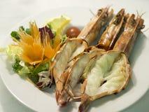 Crevettes roses grillées de roi Photo libre de droits