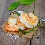 Crevettes roses grillées de tigre Images stock