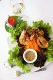 Crevettes roses thaïlandaises d'ail de nourriture Photos libres de droits