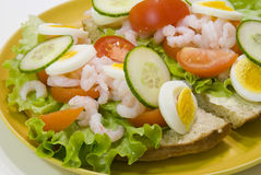 Crevettes sur le pain Photo stock
