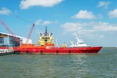 Crewboat costero Imagenes de archivo