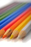 Creyones coloreados imagenes de archivo