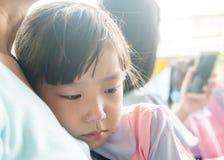 Cri asiatique de bébé Photographie stock