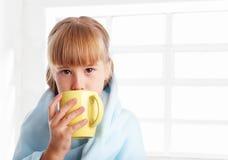 A criança é doente em casa Imagem de Stock