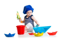 Criança bonito que joga a pesca Imagens de Stock Royalty Free