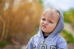 Criança cansado pensativa Imagens de Stock Royalty Free