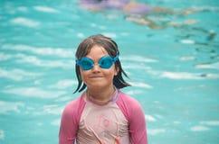 Criança com óculos de proteção Fotografia de Stock
