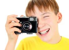 Criança com câmera velha imagens de stock