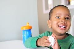 Criança com sorriso grande Fotografia de Stock Royalty Free