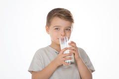 Criança com um vidro Imagens de Stock Royalty Free