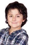 Criança de sorriso com t-shirt da manta Fotos de Stock Royalty Free