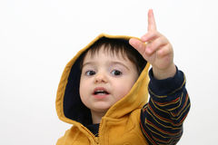 Criança do menino na roupa da queda foto de stock