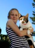 Criança e animal de estimação Fotos de Stock Royalty Free