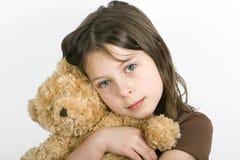 Criança e seu Teddybear Imagens de Stock Royalty Free