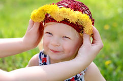 Criança em uma caminhada Foto de Stock Royalty Free