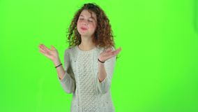 A criança envia um beijo do ar Tela verde filme