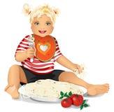 A criança feliz come a massa, espaguete. Imagem de Stock