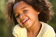 Criança feliz do Afro