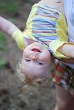 Criança loura de sorriso Imagem de Stock
