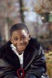 Criança masculina de americano africano que joga ao ar livre Fotos de Stock Royalty Free