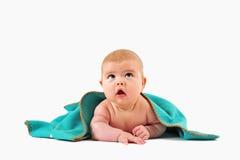 Criança sob o cobertor Foto de Stock Royalty Free