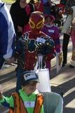 Criança vestida como o homem-aranha fotografia de stock royalty free