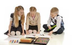 Crianças acopladas no desenho 5 Fotografia de Stock Royalty Free