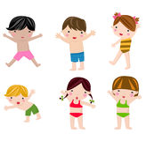 Crianças bonitos do verão no grupo do roupa de banho Fotografia de Stock Royalty Free
